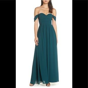 NWT Lulus Convertible Neckline Chiffon Gown